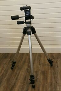 Bogen Manfrotto 3011N tripod with 3047 Deluxe 3-way pan head + New QR plate