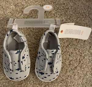 NWT Gymboree Crib Shoes Infant Size 0-3 Mo. Grey Baby Shark Canvas easy on/off