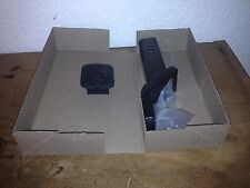 2009 Hyundai Santa Fe OEM Hitch Receiver with Hitch Cover