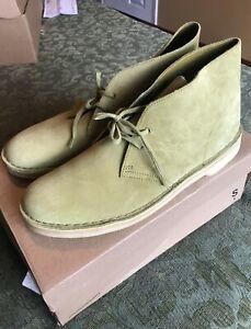 Clarks Men's Desert Boot (Khaki) Size US11