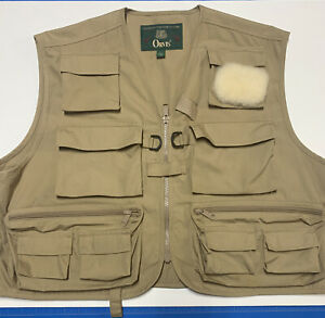 Orvis classic fly fishing vest in great cond, size L with boxes, leader wallet