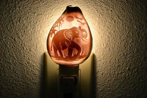 CARVED PURPLE ELEPHANT SEA SHELL NIGHT LIGHT KITCHEN BATHROOM #7990