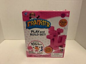 Mad MattR Play and Build Set (Pink Mattr)