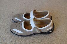 Josef Seibel , velcro, leather,  shoes...size EU35, US 4.5...excellent con