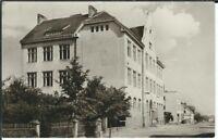 Ansichtskarte Kriegern/Kryry - Blick auf die Schule - Skola - schwarz/weiß