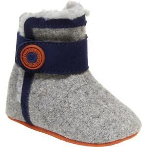 Stride Rite Carmen Cozy Soft Memory Foam Crib Shoes BHFO 5718