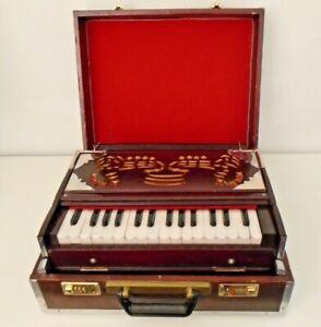 Wooden Portable Harmonium, 3 octaves (30 keys), 7 stoppers, hand bellows
