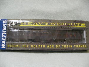 Walthers Pullman Heavyweight 14 Section Wabash 932-10219  HO