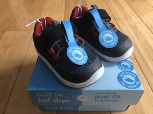 NEW Stride Rite Black/Red SNEAKERS ~ SZ 4 ~ Baby Boys Shoes