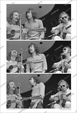 Crosby Stills & Nash 3-FRAME PHOTO SEQUENCE 1969 Rehearsal for 3rd Gig/no-cd/lp