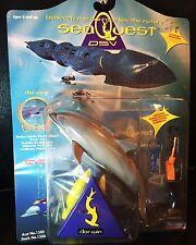 SEAQUEST FIGURE + MYSTERY GIFT (Dolphin Darwin)