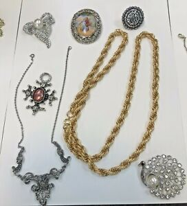 Vintage Quality Old Jewellery. Brooches Necklaces From Old Jewellers Storeroom