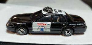 TONKA Maisto Ford Interceptor Police Car, Highway Patrol k-9 Unit 1/64 C115