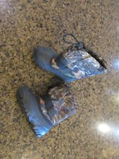 Kamik Frostfire Toddler boy 10 Insulated Camo Snow boots removable liners Winter
