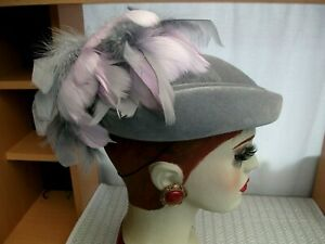Vintage 1980's Grey Velvet pillbox hat + Grey & Pink feathers VGC