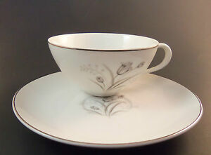 Creative Fine China Royal Elegance Flat Cup & Saucer Set Japan