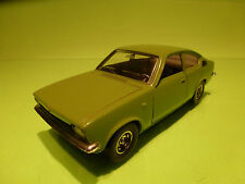 BBURAGO 0119 OPEL KADETT COUPE - GREEN 1:24 - VERY GOOD CONDITION