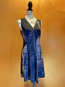 Tahari Dress Size 12 Medium New no tags. Work Corporate Comfortable, Flattering