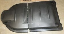 Rubbermaid RCP9W72 Mega Brute Mobile Container Lid 30 X 49 1/2 X 10 1/2 Black