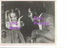 ELVIS PRESLEY LISA MARIE PRESS PHOTO FOR MOVIE MIRROR MAGAZINE 8x10 CANDID