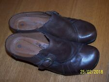 """Earth Spirit Classics Clogs 2.5"""" Heels Mules Brown Leather Arch Support size 8M"""