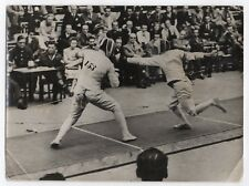 PHOTO ANCIENNE DE PRESSE Keystone Combat Escrime Sport Sportif Fleuret