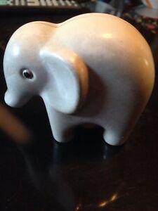 LITTLE TIKES ELEPHANT