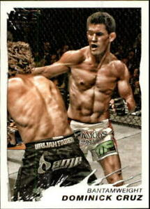 2011 Topps UFC Moment of Truth Card #39 Dominick Cruz