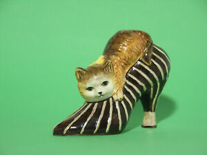 "Vintage ""Cat in Shoe"" Trinket Box"