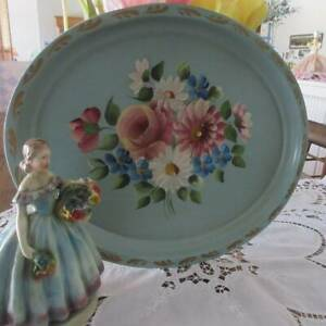 That 30s Green! Vintage Handpainted TOLE ROSES Daisies TRAY usa