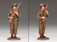 KING AND COUNTRY US Soldier Port Arms D DAY WW2 Painted Diecast Metal DD159