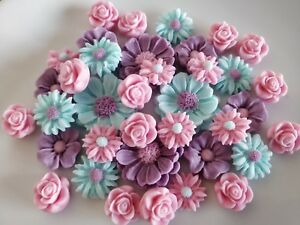 12  RED ROSES Edible Sugar Paste Flowers Cup Cake Decorations With Leaves/&Pearls