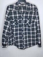 Torrid Womens Size 2 Color Black/Pink Plaid Long Sleeve/Pocket Button Down Shirt