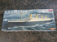Academy 1/720 R.M.S Titanic Ship Great Condition Very Rare