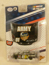 #01 MARK MARTIN ARMY AMERICAN HEROES HOOD SERIES 2007 WINNERS CIRCLE 1/64