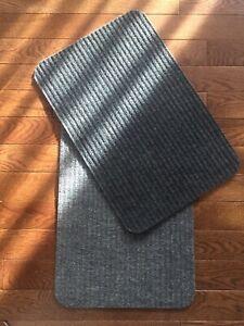 "2 Ribbed Floor Mats Door Rugs, Gray & Black, Small Reversible Carpets 24"" NEW!"
