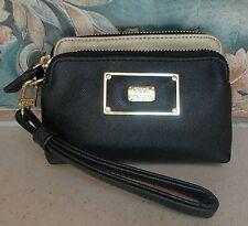 STEVE MADDEN Black & Gold 2 section Wristlet Wallet Bag - GREAT condition, RV$48