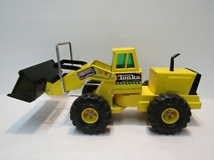 LARGE VINTAGE TONKA TRUCK FRONT END LOADER MIGHTY DIESEL 54240 MADE USA GOOD CON