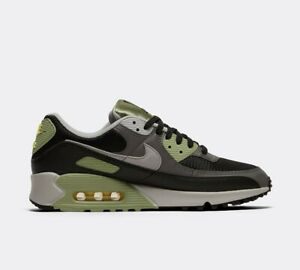 Nike Air Max 90 Trainers in Black and Green
