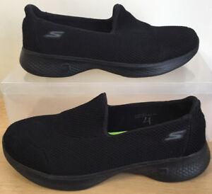 Ladies Skechers Goga Max Go Walk 4 Black Lightweight trainers UK Size 5 EU 38