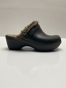 Crocs Womens Cobbler Mule Clog Shoes Brown Faux Fur Lined Split Toe Slip Ons 8 W