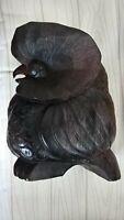 Sehr schöne massive Eule aus Holz (möglicherweise auch ein Uhu) , dunkel,17,5 cm