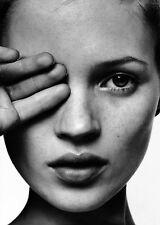 "MX04252 Kate Moss - English Vogue Sexy Super Model 24""x34"" Poster"