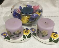 👋L👀K:2-Avon Pansy Candles w/Matching Ceramic Trays+Modern Glass Bowl w/Silks