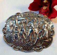 Große Silber Brosche mit Szenerie  / bh 112