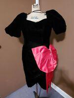 Black And Red Velvet Vintage 1980s Prom Cocktail Evening Dress