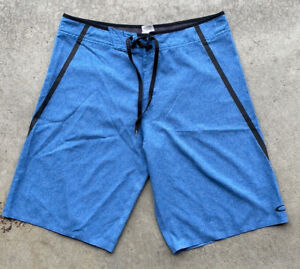 "Oakley Board Shorts Blue Athletic Water Swim Performance Mens Size 32 11"" Inseam"
