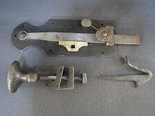 Ancienne gache fermeture porte et poignée fer forgé loquet