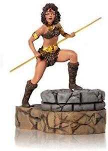 Iron Studios Dungeons & Dragons Collection - Diana The Acrobat Figure