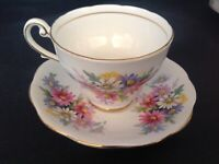 ROYAL STANDARD BONE CHINA ENGLAND CUP & SAUCER MULTICOLOR DAISY